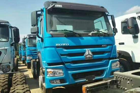 重汽豪沃(HOWO)中国重汽 HOWO重卡 420马力 6X4 牵引车(全能一版)(ZZ4257V3249V)20180324894808873339191296